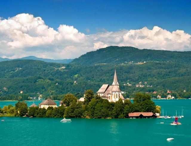 подача документов  на визу  в австрию