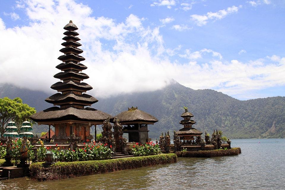 рабочая виза в Индонезию